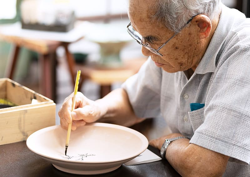 Obori Soma-ware Kyogetsu Pottery/ 14th generation KONTOKU (previous generation) draws running pieces