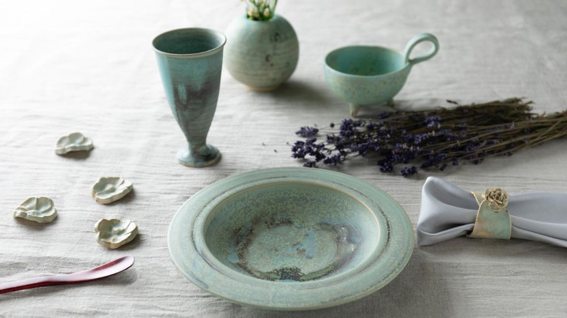 Obori Soma-ware Kyogetsu Pottery/ Tempyo no iraka series